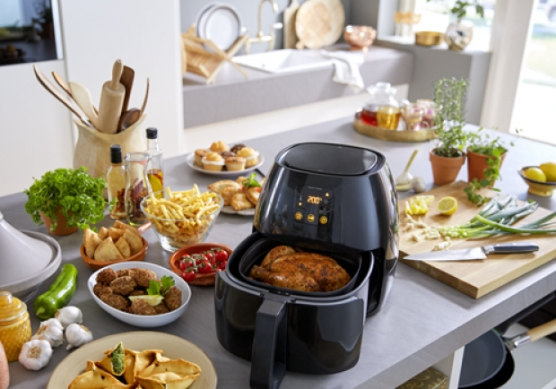 Philips Airfryer in der Küche